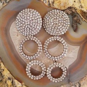 Vintage Costjewelry 3 ring rhinestone dangle GUC